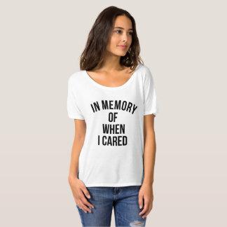 を記念して私が気になった時 Tシャツ