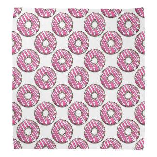 アイシングが付いている漫画のピンクドーナツ バンダナ