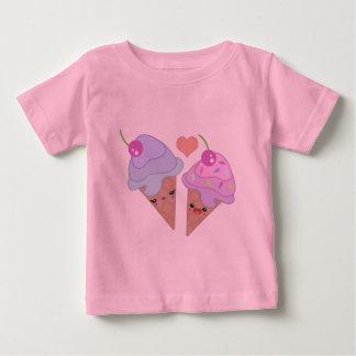 アイスクリームのかわいこちゃん ベビーTシャツ