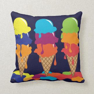 アイスクリームのアメリカ人のMojoの装飾用クッション クッション