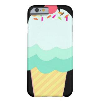 アイスクリームのミントのiPhoneの場合 Barely There iPhone 6 ケース