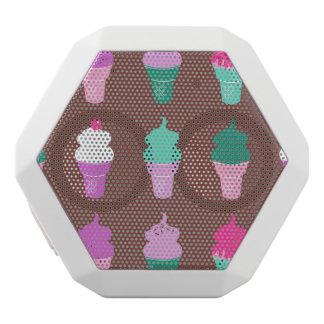 アイスクリームコーンのスピーカー ホワイトBluetoothスピーカー
