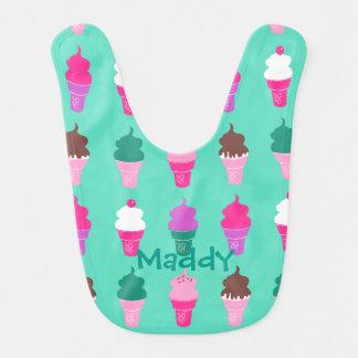 アイスクリームコーンのデザインのベビー用ビブ ベビービブ