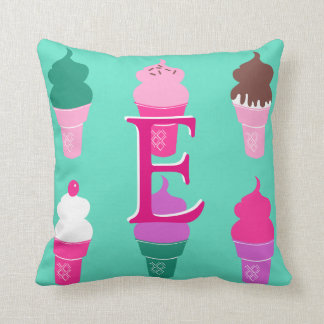 アイスクリームコーンの枕 クッション