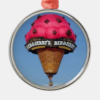 アイスクリームコーンの熱気の気球 メタルオーナメント