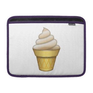 アイスクリーム- Emoji MacBook スリーブ