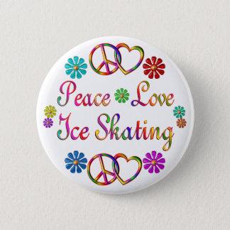 アイススケートする平和愛 5.7CM 丸型バッジ