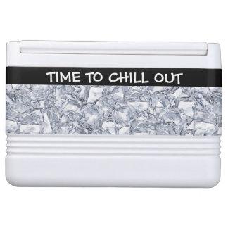 アイスボックスを冷やして下さい IGLOOクーラーボックス