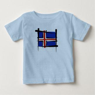 アイスランドのブラシの旗 ベビーTシャツ