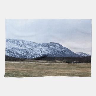 アイスランドの山の景色 キッチンタオル