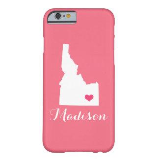 アイダホのハートのピンクのカスタムのモノグラム BARELY THERE iPhone 6 ケース