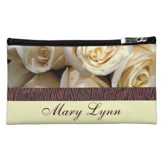 アイボリーのバラの化粧品のバッグ コスメティックバッグ