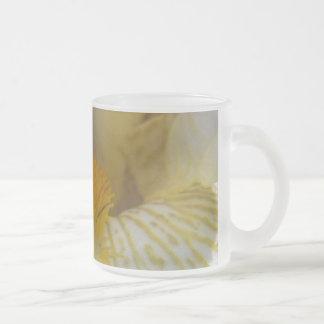 アイリス花の写真 フロストグラスマグカップ