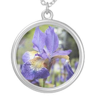アイリス花の誕生月のネックレス シルバープレートネックレス