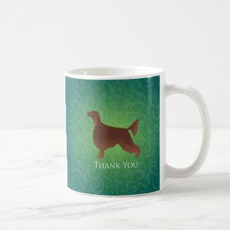 アイリッシュセッターは緑のシルエット感謝していしています コーヒーマグカップ
