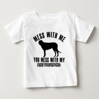 アイリッシュ・ウルフハウンドのデザイン ベビーTシャツ