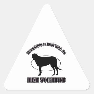 アイリッシュ・ウルフハウンド犬のデザイン 三角形シール