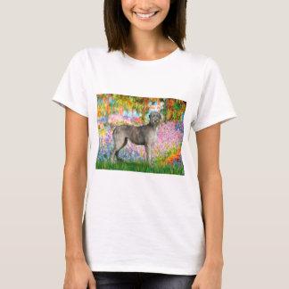 アイリッシュ・ウルフハウンド3 -庭 Tシャツ