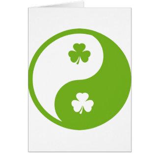 アイルランドにシャムロックのyingおよびヤン カード