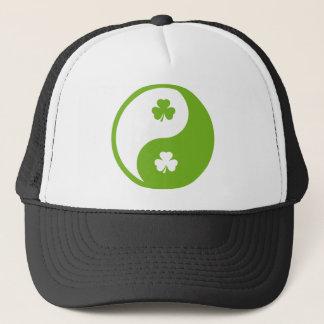 アイルランドにyingおよびヤン キャップ