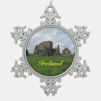 アイルランドのアイルランド人のHoreの大修道院のクリスマスのオーナメント スノーフレークピューターオーナメント