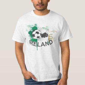 アイルランドのサッカーのフットボールおよびサッカーのクリート Tシャツ