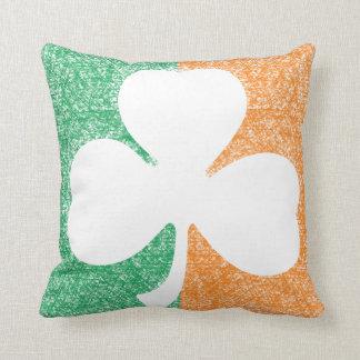 アイルランドのシャムロックのカスタムの装飾用クッション クッション