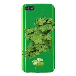アイルランドのシャムロックはケネスYoncichによって縞で飾ります iPhone 5 Cover