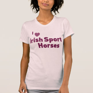 アイルランドのスポーツの馬 Tシャツ