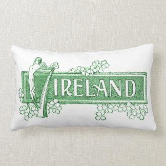 アイルランドのハープが付いているアイルランド ランバークッション