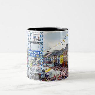 アイルランドのフェスティバル-パックの公平なマグ ツートーンマグカップ