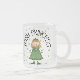 アイルランドのプリンセスの赤毛 フロストグラスマグカップ