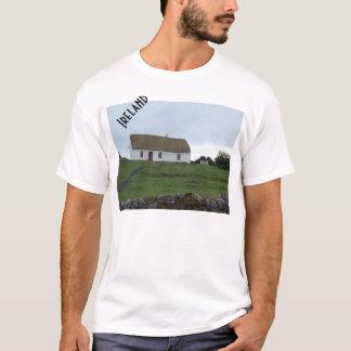 アイルランドのワイシャツのアイルランドの田舎 Tシャツ