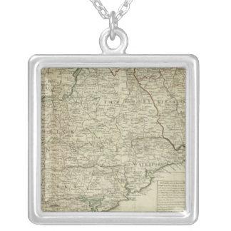 アイルランドの南部の王国の地図 シルバープレートネックレス