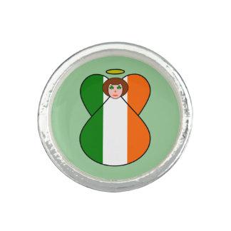アイルランドの天使の旗のシャムロックの目 リング