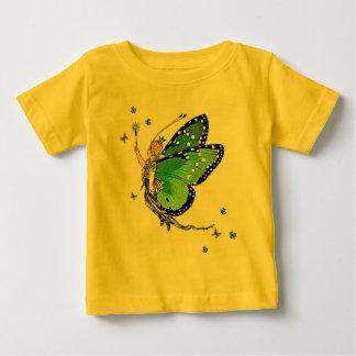 アイルランドの妖精の国のプリンセス ベビーTシャツ