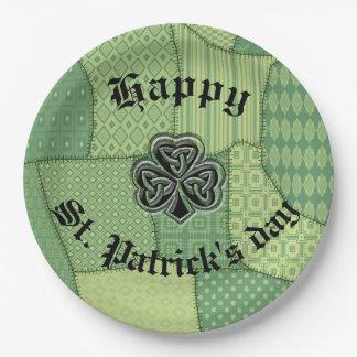 アイルランドの幸運なシャムロックのセントパトリックの日のパッチワーク ペーパープレート