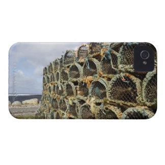 アイルランドの海岸線のロブスターのカニを捕る枝編みかごの山 Case-Mate iPhone 4 ケース