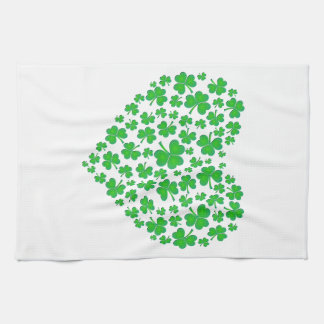 アイルランドの緑のシャムロックのハート キッチンタオル