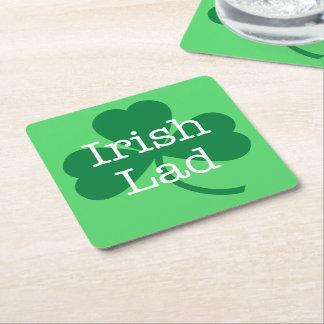 アイルランドの若者、緑のシャムロックのセントパトリックの日のパーティー スクエアペーパーコースター