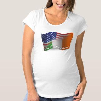 アイルランドアメリカの振る旗 マタニティTシャツ