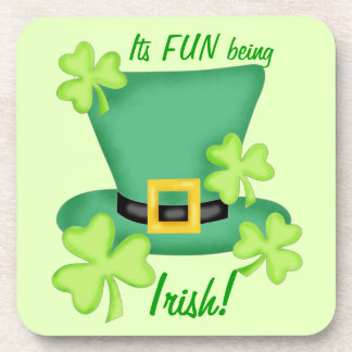 アイルランド人のセントパトリックの日のお祝いがあるおもしろい コースター