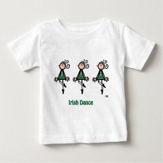アイルランド人のダンス ベビーTシャツ