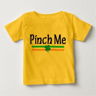 アイルランド語は私をTシャツつまみます ベビーTシャツ