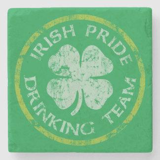 アイルランド語は飲むチームセントパトリックの日を自漫します ストーンコースター