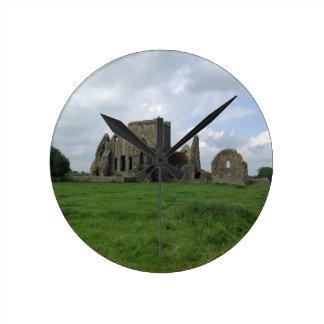 アイルランドHoreの大修道院のアイルランド語はCashelの石を台無しにします ラウンド壁時計