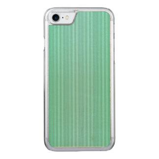 アクアマリンのティール(緑がかった色)および緑の縦ストライプパターン CARVED iPhone 8/7 ケース