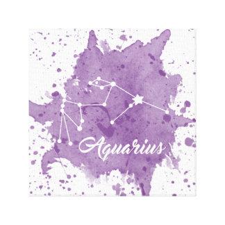 アクエリアスの紫色の壁の芸術 キャンバスプリント