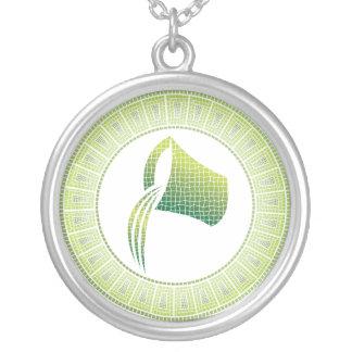 アクエリアスの(占星術の)十二宮図のペンダントのネックレス シルバープレートネックレス