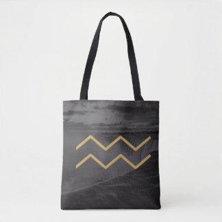 アクエリアスの(占星術の)十二宮図の印|のカスタムな背景 トートバッグ